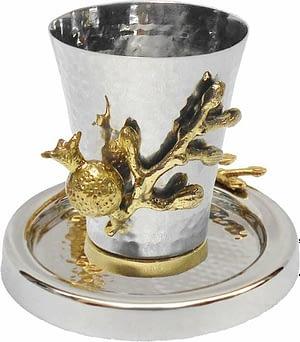 Чашка для кидуша, кованая с латунным гранатом