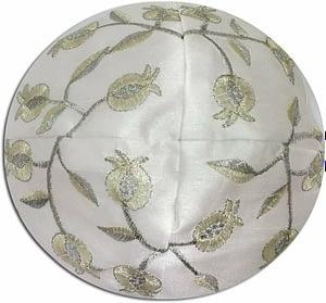 Кипа с вышивкой «гранат» - 12 видов