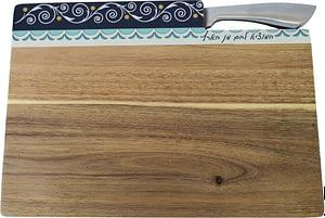 Деревянный поднос для хал с ножом